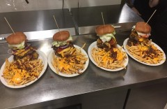 Flannigan's 3lb Burger Challenge