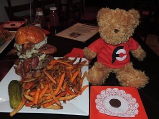 #354 Chelsea Tavern's Burger Challenge