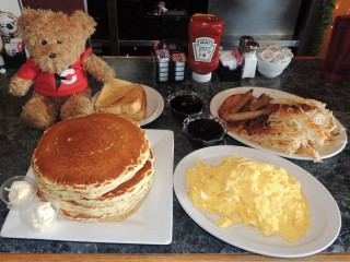 #470 Johnny V's King Breakfast Challenge