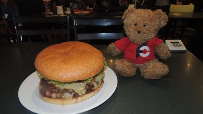 Central Cafe's Gotham Burger Challenge