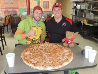 #584 Fat Boys GutBuster Team Pizza Challenge