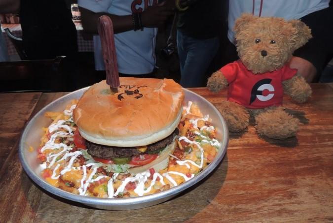 Claw BBQ 5lb Beast Burger Challenge Dubai