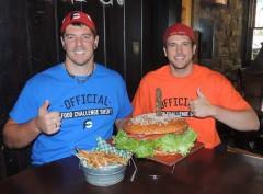 Jake Melnick's 8lb Monster Burger Team Challenge