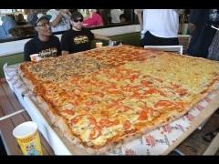 Big Mama's & Papa's 54″x54″ Grand Sicilian Pizza Challenge