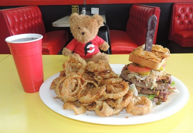 No Frills Diner Terminator Burger Challenge