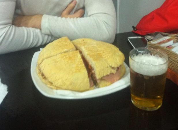 Bar Bocateria El Padre Miguel Burger Challenge