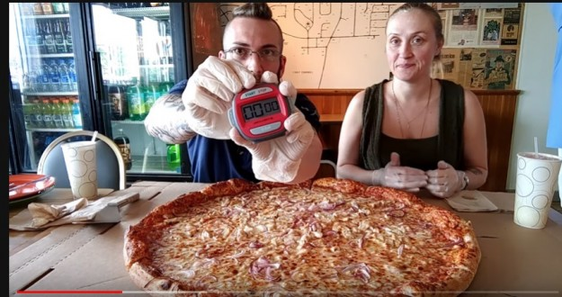 "Scale House Brew Pub's ""Northeast Beast"" Pizza Challenge"