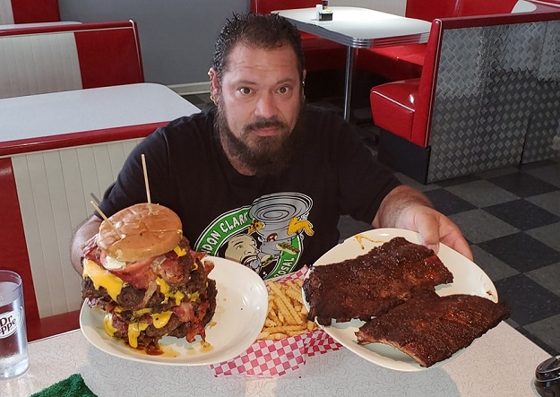 Big G's Burger and Ribs Challenge
