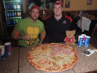 #463 Garbonzo's 28 inch Team Pizza Challenge