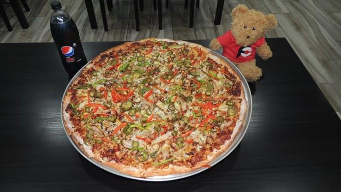 Big G's 24 inch Pizza Challenge