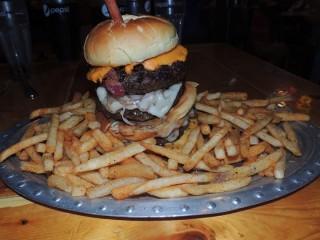 #554 Creek Grill's Mega Burger Challenge