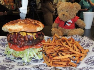 #557 Fat Guy's Burger Challenge