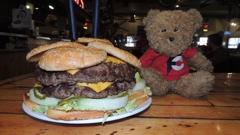 566-farleys-5lb-monster-burger-challenge