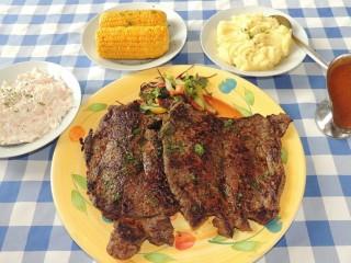 #618 Clubhouse Par 3 Steak Challenge