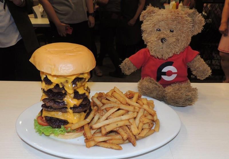 670-zarks-tombstone-burger-challenge-philippines
