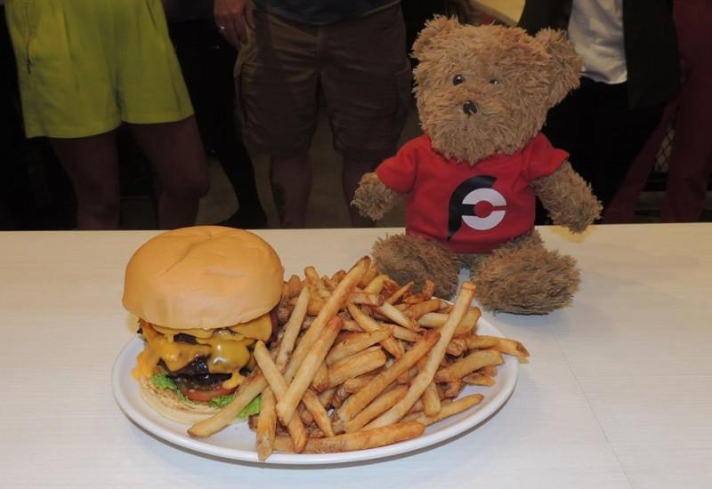 671-zarks-jawbreaker-burger-challenge-philippines