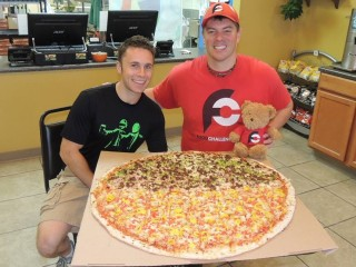 #680 Fox's Pizza Den's Big One Pizza Challenge