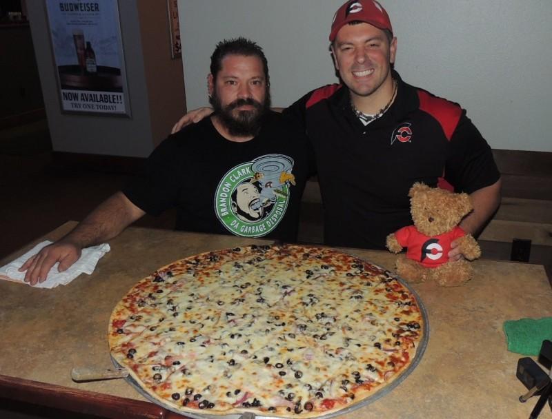 686-gusanos-joplin-30-inch-pizza-challenge