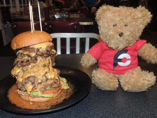 #693 Cool Cat Cafe's 808 Burger Challenge