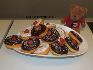 #703 Scream'N Nuts Ice Cream Donuts Challenge
