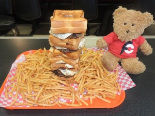#735 Boss Hogz Big Boss Burger Challenge Homer