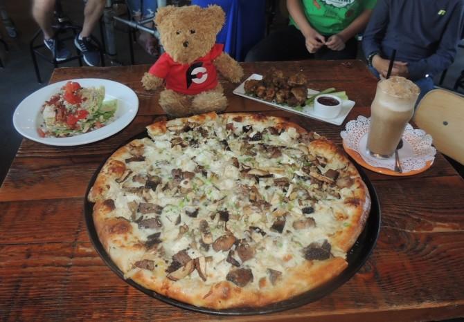 Flattop Pizza's Wild Thing Challenge Anchorage