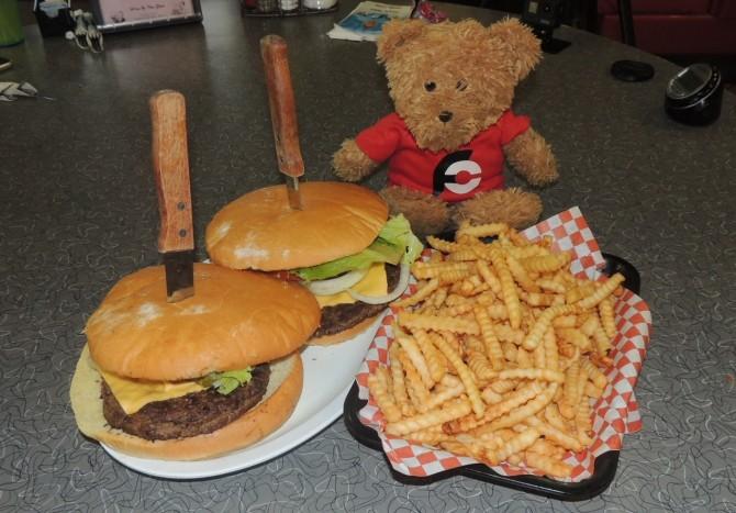 Knuckle Sandwich's Double Burger Challenge Waverly
