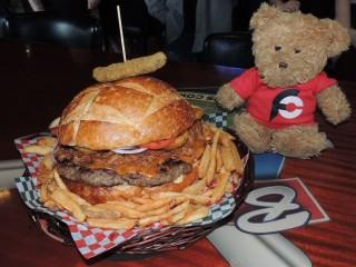 #744 Baselines Pub Ultimate Burger Challenge