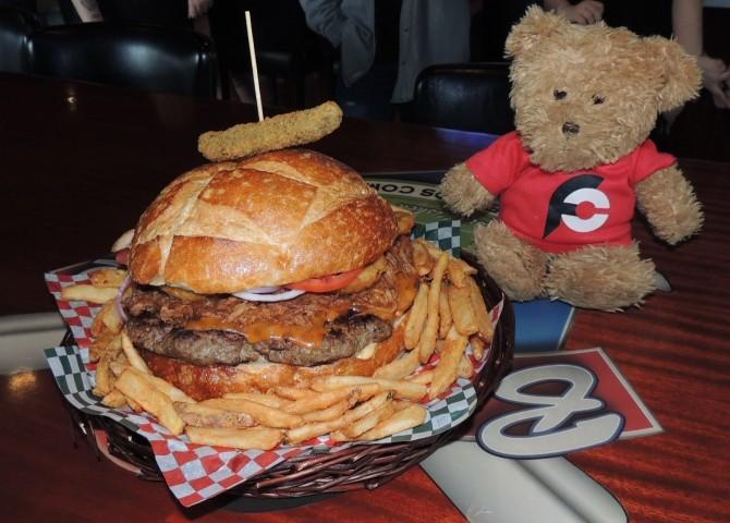 Baselines Pub Ultimate Burger Challenge Surrey