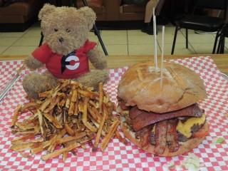 #850 Panda Grill Bacon Cheeseburger Challenge